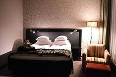 悠輔が宿泊した部屋として登場する、グロ・ホテル・アートの401。
