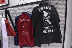 スパイダーマンとヴェノムのブルゾン。