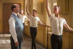 「ホワイト・クロウ 伝説のダンサー」新場面写真