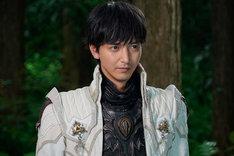 「牙狼〈GARO〉-月虹ノ旅人-」より、中山麻聖演じる冴島雷牙。