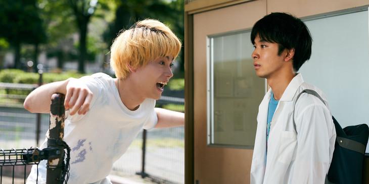 左から菅田将暉演じるエージ、太賀演じるスギオ。