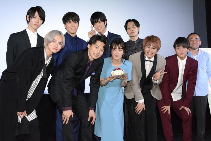 映画「明治東亰恋伽」完成披露イベントの様子。