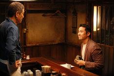 「深夜食堂-Tokyo Stories Season2-」より、ジョセフ・チャン(右)。