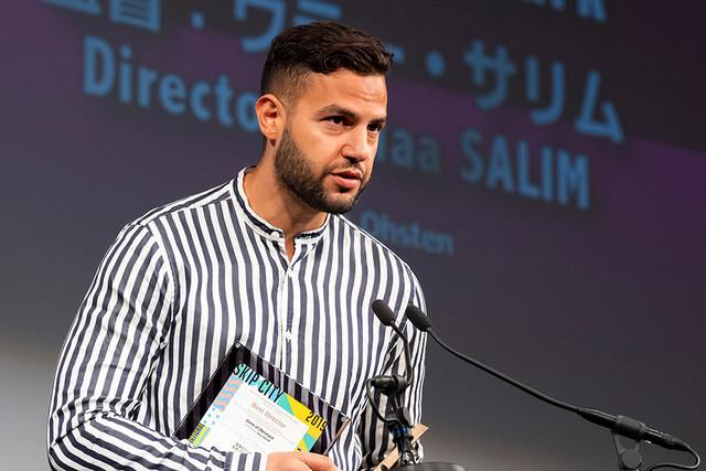 「陰謀のデンマーク」で国際コンペティション部門監督賞を受賞したウラー・サリム。