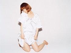 """「YUKI LIVE """"5-star""""」のチケット一般発売は9月2日からスタート。早々のソールドアウトが予想されるだけに忘れずにゲットしておきたい。"""