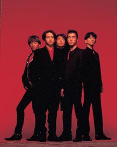 2007年10月はユニコーンのデビューからちょうど20年目。彼らの偉大な足跡をこのトリビュートアルバムで振り返ってみよう。