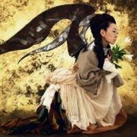 写真が「約束の翼」のジャケット。なお6月には連続リリースのラストとして、ライブDVD「THE TOUR OF MISIA 2008 EIGHTH WORLD」を発売予定。