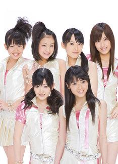 メンバーの有原栞菜は今年2月より外反母趾の悪化を理由に、℃-uteおよびハロー!プロジェクトとしての活動を休止中。