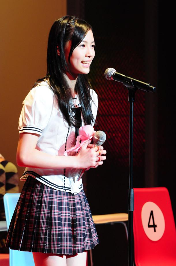 松井珠理奈は8月22日の武道館公演で、元気いっぱいのパフォーマンスを見せていた(写真は7月8日に行われた総選挙イベントより)。