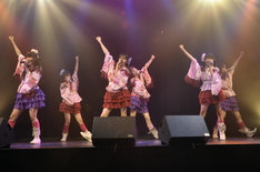 SHIBUYA BOXXでのライブの様子。