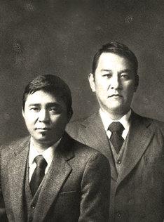2010年のNHK大河ドラマ「龍馬伝」への出演も決まっているピエール瀧(右)。NHKオフィシャルサイトでは撮影に密着したレポートの公開も始まっているので、ファンはあわせてチェックしておこう。