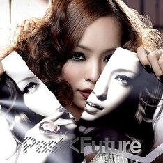 写真は最新アルバム「PAST < FUTURE」CD+DVD盤ジャケット。