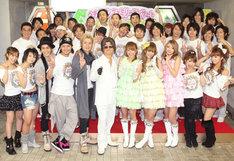 ヘキサゴンファミリー揃い踏みのカウントダウンライブ。遊助はNHK「第60回NHK紅白歌合戦 出場歌手」にも出演する。
