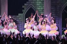 Zepp Nagoyaでのワンマンライブ「名古屋一揆」をもって、チームSのメンバー山下もえが卒業。この日のライブは、SKE48にとって2009年の集大成となるようなステージとなった。