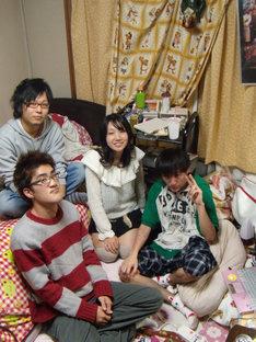 9月19日の主催ライブに先駆けてSHIBUYA-AXのステージに立つことになった神聖かまってちゃん。