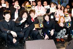 会場には選出に携わった全国各地のショップ店員も集まり、受賞者を祝福した。
