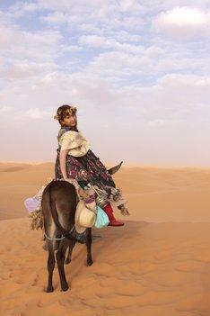 3月31日にニューアルバム「REAL WORLD」のリリースを控えているKOKIA。アルバムにはサハラ砂漠で感じた思いが歌で表現されている。