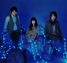 シングル表題曲「ノスタルジア」は映画の主題歌に起用されている。
