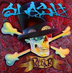 3月末にリリースされたスラッシュ初のソロアルバム「スラッシュ」(写真)は、ビルボードのアルバムチャートで初登場3位にランクイン。