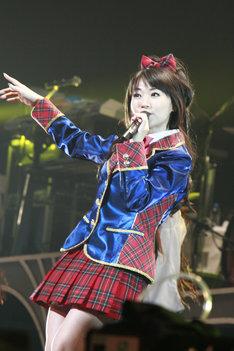 ニューアルバム「IMPACT EXCITER」に収録される新曲「ミュステリオン」はTBS系「爆!爆!爆笑問題」6・7月エンディングテーマに決定(写真は全国ツアー「NANA MIZUKI LIVE ACADEMY 2010」横浜アリーナ公演より)。