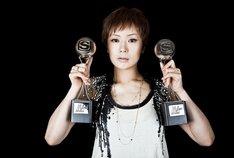 2009年に計5作のミュージックビデオを発表し「BEST ARTIST」に選ばれた椎名林檎。なお「BEST ARTIST」は昨年新設された賞で、前回は安室奈美恵が受賞した。