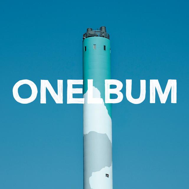 「ONELBUM」通常盤ジャケット。