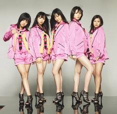 ℃-uteは現在、全国ツアー「℃-uteコンサートツアー2010春~ショッキングLIVE~」を敢行中。