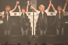柴田あゆみ(写真左から2番目)、大谷雅恵(右から2番目)も次の活動に向けての準備を進めており、柴田はTwitter、大谷はアメブロでそれぞれ元気な姿を見せている。