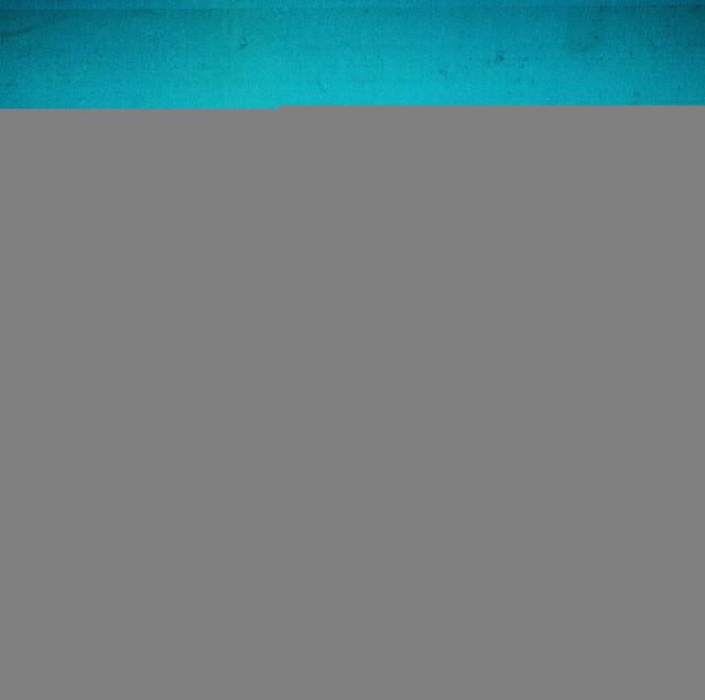 シングル「アイデンティティ」ジャケット写真。初回限定盤には5月15日に新木場STUDIO COASTで行われたライブ映像を収めたDVDが付属する。