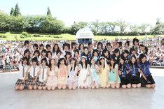 この夏やりたいことを尋ねられた松井玲奈は「7月31日に2周年のコンサートを名古屋でやるので、それを大成功させたいです」と気合を込めて語った。