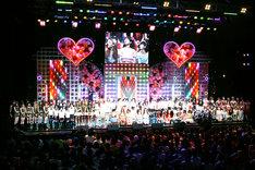 写真はメインステージの様子。