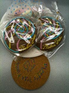 イベント来場者には、アルバムタイトルにちなんで特別に制作された「アンモナイトコースター」と「アンモナイトクッキー」がプレゼントされた。