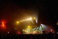 16日のライブでは本編16曲、アンコール5曲を披露した。