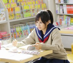映画「もし高校野球の女子マネージャーがドラッカーの『マネジメント』を読んだら」のワンシーン。 (C)2011「もしドラ」製作委員会