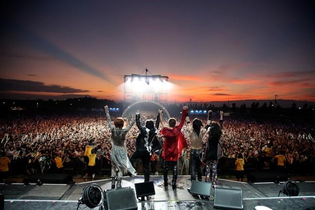 「SUMMER SONIC 2011」大阪公演の様子(courtesy of SUMMER SONIC 2011)。