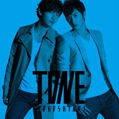 写真はアルバム「TONE」CD+DVD盤シアンジャケット。