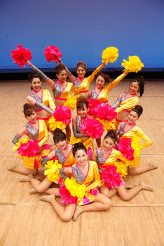 映画「Cheerfu11y」はチア&ダンス大会に出場することになった片田舎の女子高校生11人の姿を描いた青春映画。10月22日より全国公開される。
