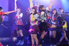 新曲「オキドキ」を披露するSKE48選抜メンバー。 (C)AKS/PYP