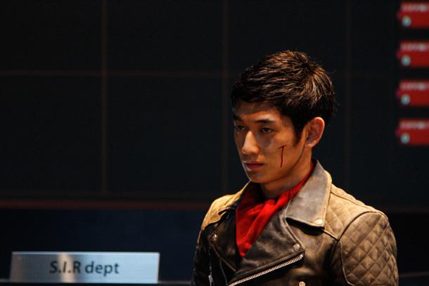 写真は「ワイルド7」の1シーン。(c)2011「ワイルド7」製作委員会