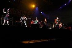 アニメタルUSAとももいろクローバーZの国境を越えた共演が実現した「LOUD PARK 11」のステージ。