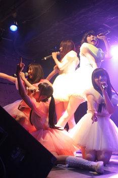 でんぱ組.incは「もふくちゃん」こと福嶋麻衣子とTOY'S FACTORYにより立ち上げられた新レーベル「MEME TOKYO(ミームトーキョー)」よりニューシングル&アルバムを発表する。