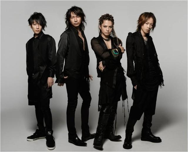 先週10月12日にリリースされたL'Arc-en-Ciel(写真)の最新シングル「X X X」は、オリコンウィークリーチャートで1位を獲得。