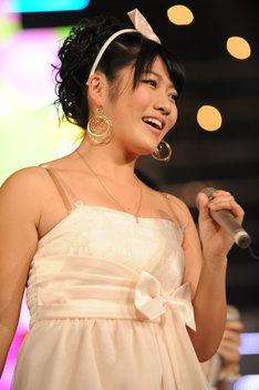野元愛(写真は2011年12月のTOKYO DOME CITY HALL公演より)