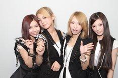 大阪公演でのSCANDAL。