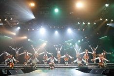 「僕らの風」を披露するHKT48チームH。