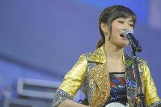 「AKB48コンサート 業務連絡。頼むぞ、片山部長! in さいたまスーパーアリーナ」初日公演でパフォーマンスを披露する前田敦子。 (C)AKS