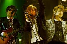 TM NETWORKはライブ当日の4月25日にニューシングル「I am」をリリースする。