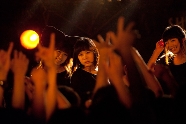 ワンマンライブ「Killer BiS~『IDOL』リリース記念パーティー~」の模様。
