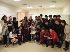 トーク収録後には、スタジオ前室で中川翔子の誕生祝いが行われた。