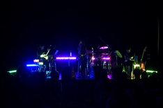 写真は8月10日のライブの模様。